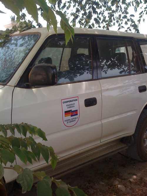 Land Cruiser with GIZ logo used by 3 civil servants