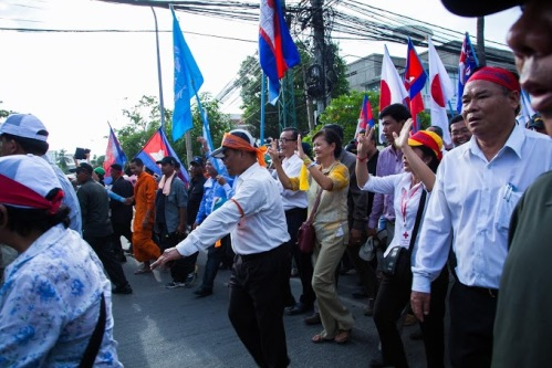 Over 10,000 with CNRP leaders taking petition to UN Office